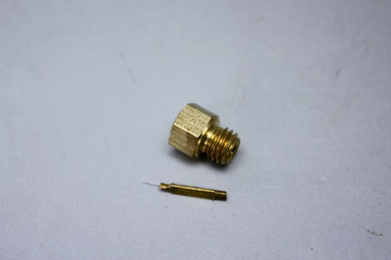 画像1: Optimus 200/250Cp ランタン用 ニップル ニードル2点セット スペアキット (1)